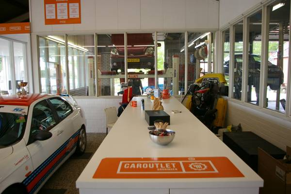 CarOutlet-showroom-06