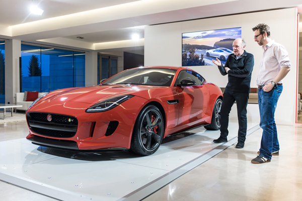 Jaguar Tim Layzell canvas F-Type Coupe model