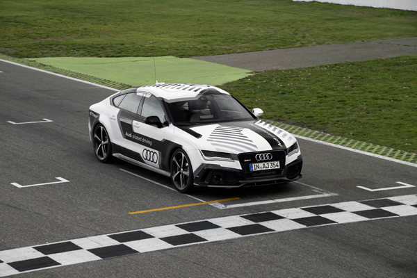Audi RS 7 Concept Piloted Driving top
