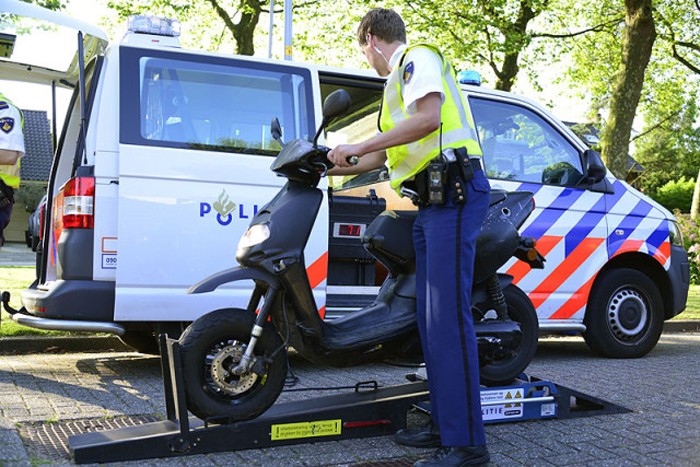 Politiecontrole Scooterbelang header
