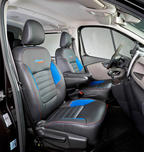 Renault trafic als gelimiteerde formula edition autoplus for Renault trafic interieur