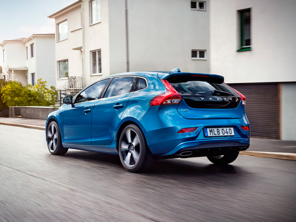 Volvo V40 en V40 Cross Country back