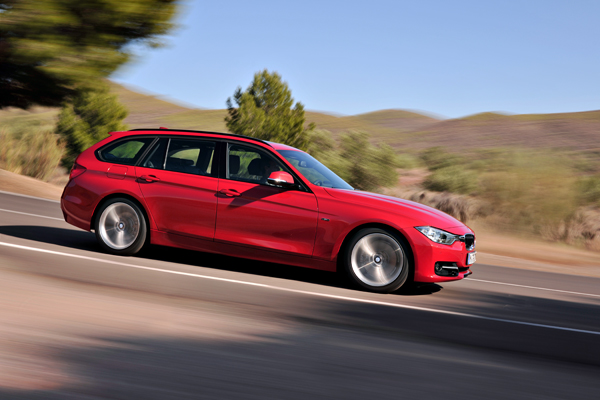 New BMW 3 Series Touring side