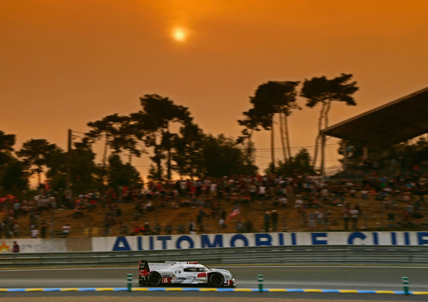 Audi Le Mans 2015 sunset