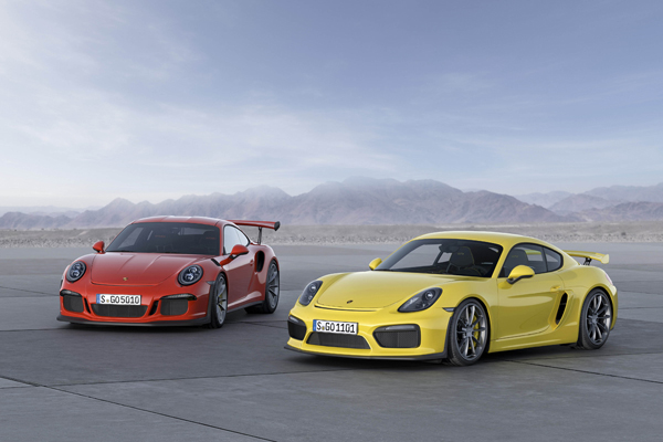 Porsche 911 GT3 RS Geneve RS and 911