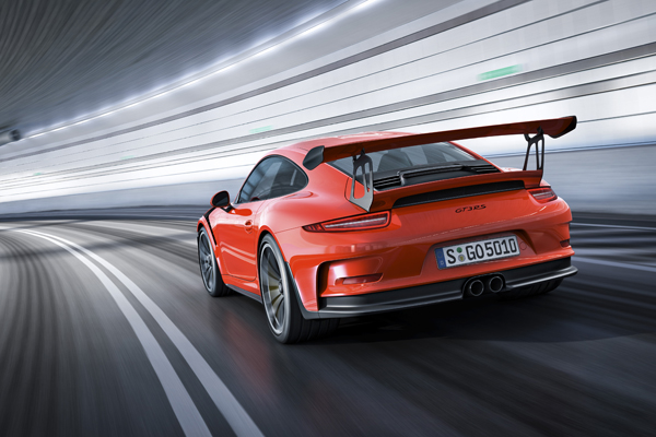Porsche 911 GT3 RS dynamic back tunnel