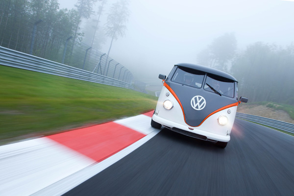 VW Bulli Worthersee2015 racing front