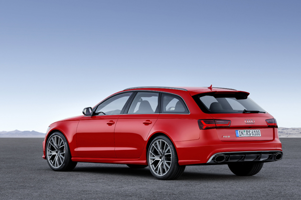 Audi RS6 Avant performance back