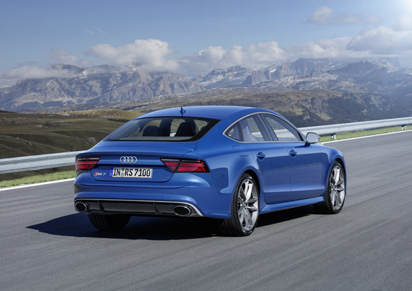 Audi RS7 Sportback performance dynamic back