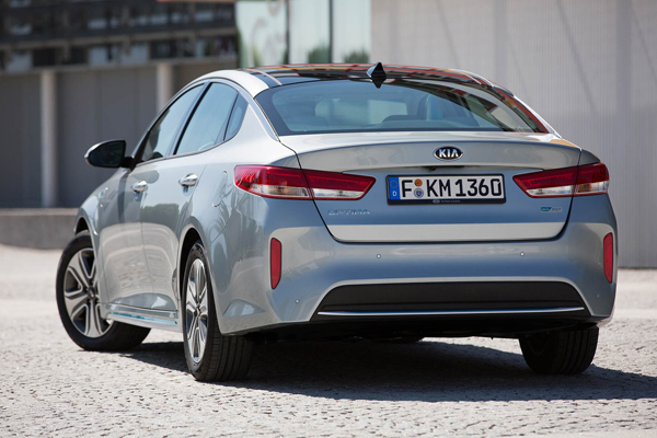 KIA Optima PHEV back