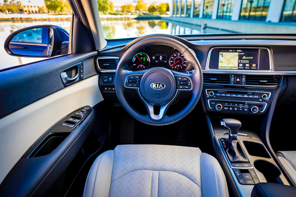 KIA Optima Hybrid cockpit