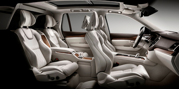 Volvo XC90 Excellence interior side