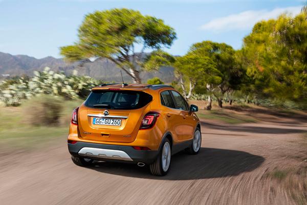 Opel maakt prijzen mokka x en zafira bekend autoplus for Opel mokka x interieur