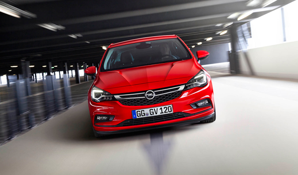 Opel Astra Car of the Year 2016 front