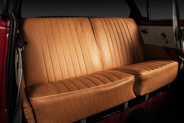 Skoda 1000 MBX backseat
