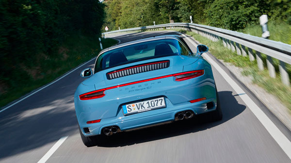 Porsche 911 Targa 4s exclusive back