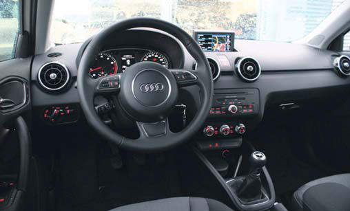Toon items op tag a1 autoplus for Interieur audi a1