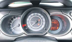 Citroen C3 test klokken