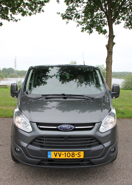 Ford Transit Custom front