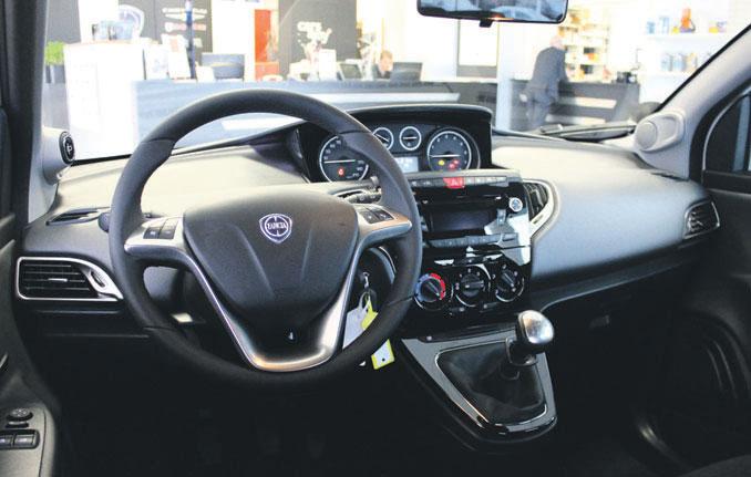 http://www.autoplus.nu/images/testverslagen/Lancia_Ypsilon/Lancia-Ypsilon-interieur.jpg