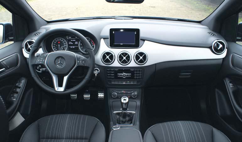 http://www.autoplus.nu/images/testverslagen/Mercedes_Benz_B_Klasse/Mercedes-Benz-B-Klasse-testverslag-interieur.jpg