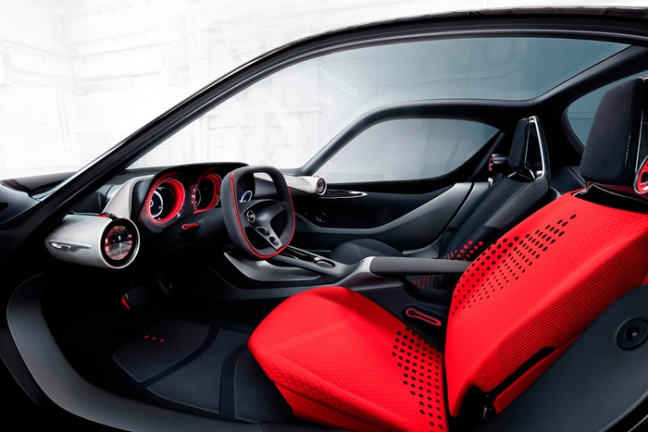 Opel GT Concept onthult visionair interieur