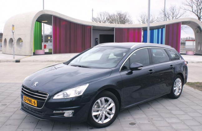 Peugeot 508 SW 1.6 THP Blue Lease Executive