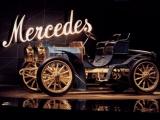 120 jaar Mercedes - het meisje en het merk