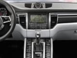 Nog veiliger en vlotter op reis met Porsche real-time verkeersinfo