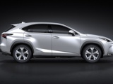 Striking Lexus NX 300h prominent op Paris Motor Show