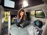 Geen FOMO tijdens de vakantie – in de Ford Transit Custom Nugget camper ben je altijd 'connected'
