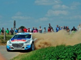 Kevin Abbring schittert met Peugeot 208 T16 in Rally van Ieper