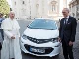 Een Ampera-e voor de paus