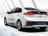 Hyundai IONIQ: eerste auto ter wereld met keuze uit drie aandrijflijnen