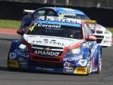 Weinig geluk voor Tom Coronel tijdens WTCC-races Argentinië
