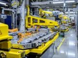 Mercedes-Benz en GROB starten samenwerking op het gebied van accu's