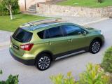 Tijdelijk standaard navigatie en schuifdak op Suzuki S-Cross