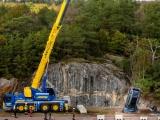 Volvo laat auto's van 30 meter hoogte vallen om meer levens te redden