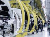Productie hervat in personenwagenfabrieken van Mercedes-Benz