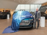 André Kuipers start nieuwe reis in Audi e-tron