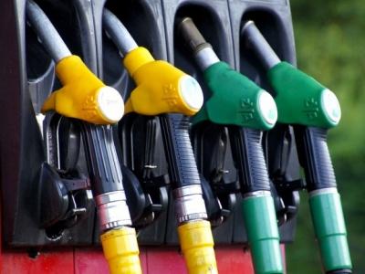 Tanken in het buitenland: welke brandstof kies ik?