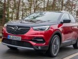 Stille kracht: Opel Grandland X Hybrid4 met Electric All-Wheel Drive