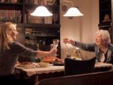 Lichtpuntjes in donkere dagen: Ford brengt ouderen gezelligheid met diners voor twee