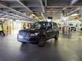Eerste Range Rover geproduceerd volgens 'social distancing'-maatregelen