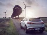 Mercedes-Benz van start met Green Charging: standaard CO2-neutraal laden voor de EQA