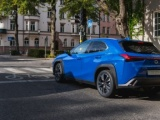 Nieuwe premium crossover Lexus UX nu ook als hybride